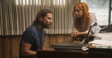 A star is born di Bradley Cooper: ha vinto 3 National Board of Review (miglior regia, miglior attrice, miglior attore non protagonista), 2 Washington Film DC Area Critics Association Awards (miglior attore, miglior attrice), 3 Atlanta Film Critics Circle Awards (miglior attore non protagonista, miglior attrice esordiente, miglior regista rivelazione)